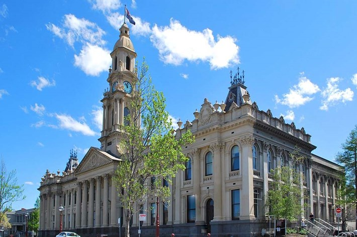 Exterior of South Melbourne Town Hall at daytime